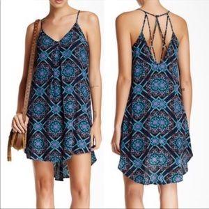 Astr Strappy Back V-Neck Print Shift Mini Dress
